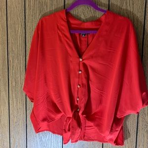 NWOT CROPPED TIE RED BLOUSE XL